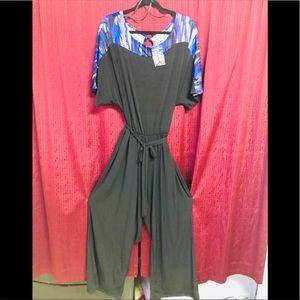 NWT The Avenue Plus size pantsuit